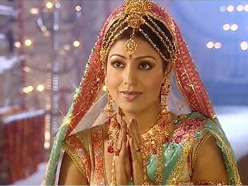 सीता के रोल में जचीं देबीना बनर्जी